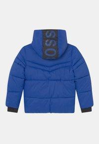 BOSS Kidswear - PUFFER - Zimní bunda - wave blue - 1