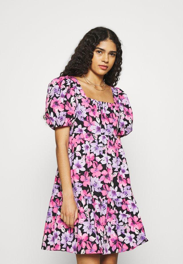 FLORAL POPLIN BABYDOLL DRESS - Sukienka letnia - black