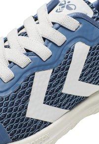 Hummel - ACTUS ML JR - Sports shoes - stellar - 6