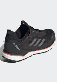 adidas Performance - TERREX AGRAVIC GORE-TEX BOOST TRAIL RUNNING - Løpesko for mark - black - 3