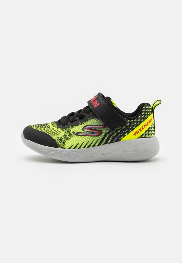 GO RUN 600 BAXTUX UNISEX - Laufschuh Neutral - yellow/black/red
