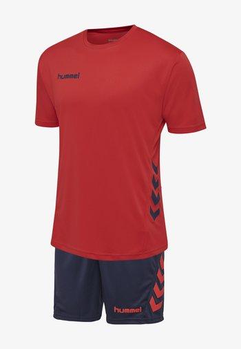 DUO SET - Sports shorts - true red/marine