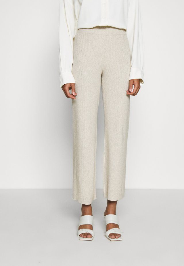 TROUSERS CHESTER - Pantalones - light beige