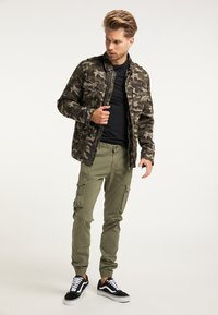 Mo - Cargo trousers - helloliv - 1