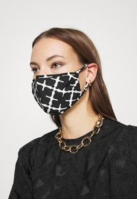 By Malene Birger - SAFRO - Community mask - black - 2