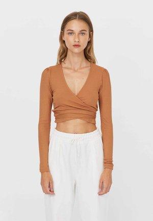 IN WICKELOPTIK - Long sleeved top - beige