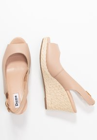 Dune London WIDE FIT - WIDE FIT KICKS  - Sandalias de tacón - blush - 3