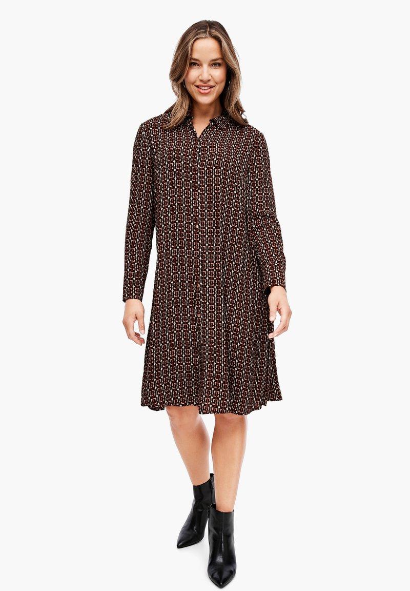 Triangle - CRÊPE-KLEID - Shirt dress - brown aop