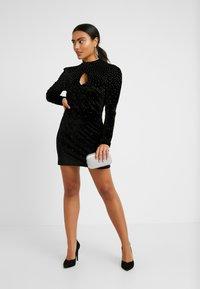 Fashion Union Petite - ROWLER - Shift dress - black - 1