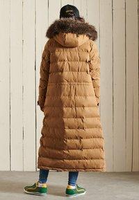 Superdry - EXPEDITION  - Winter coat - sandstone - 1