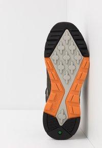 Timberland - FIELD TREKKER - Sneaker low - dark green - 4