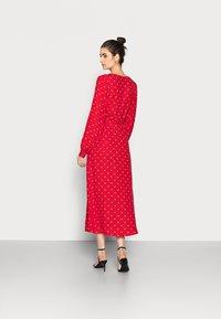 Gap Tall - WRAP DRESS - Korte jurk - red - 2