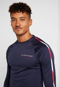 Tommy Hilfiger - LONGSLEEVE WITH TAPE - Camiseta de deporte - navy - 3