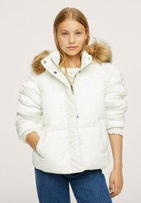 Mango - ANORAK AMOVIBLE - Winter jacket - blanc - 0