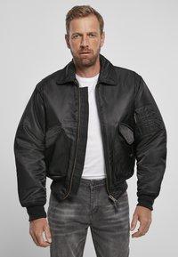 Brandit - Lehká bunda - black - 0