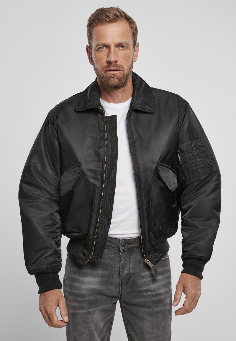 Brandit - Lehká bunda - black
