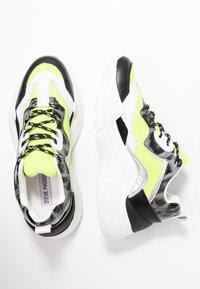Steve Madden - ANTONIA - Sneakers - neon yellow - 3