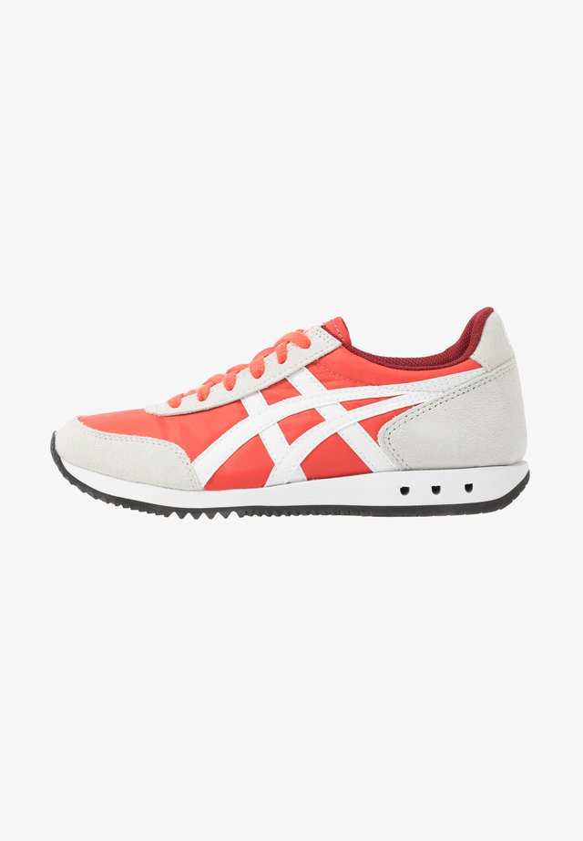 NEW YORK INUSEX  - Trainers - red snapper/white