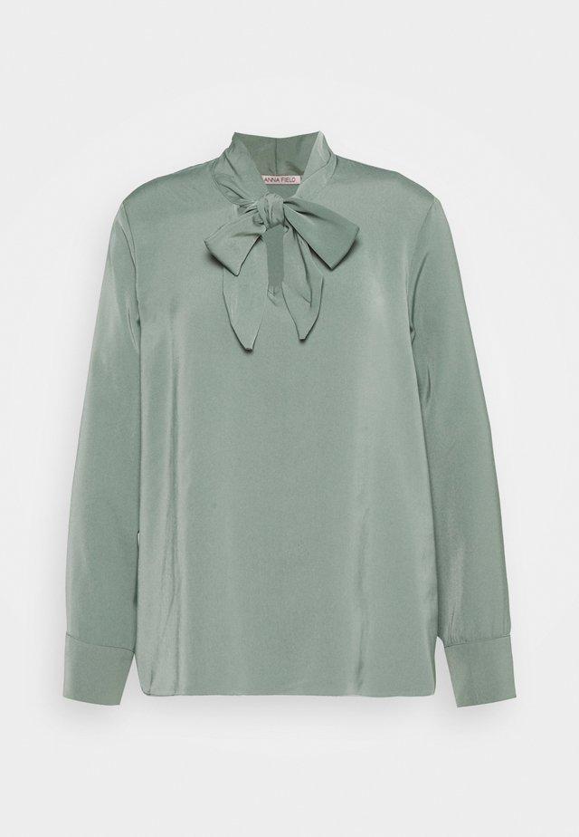 Pussy bow blouse - Blůza - green