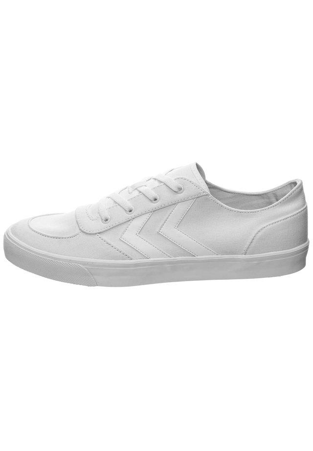 STADIL AGE  - Sneakersy niskie - white