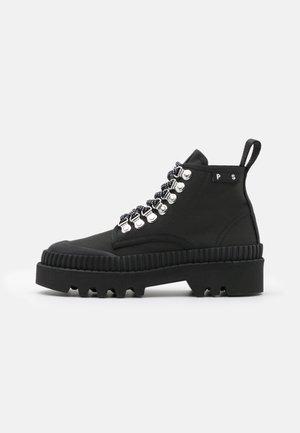 Kotníková obuv - black/white