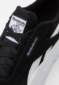 Reebok Classic - LEGACY COURT UNISEX - Baskets basses - black/white - 5