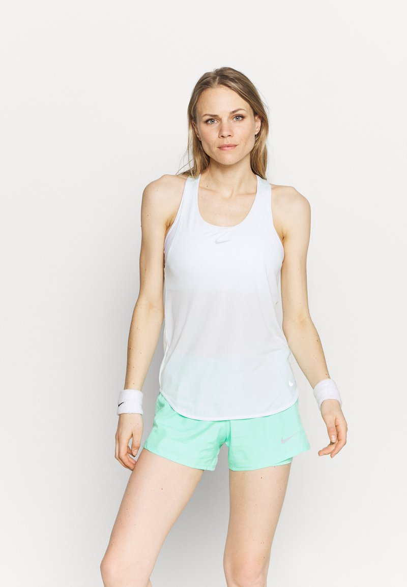 Nike Performance - BREATHE TANK COOL - Toppe - barely green
