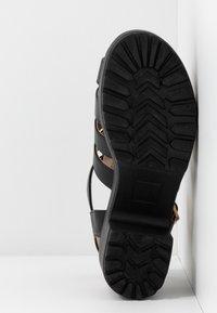 Koi Footwear - VEGAN - Platåsandaler - black - 6