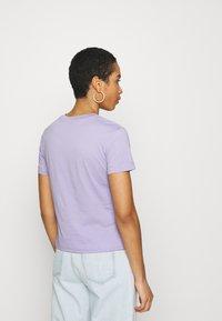Calvin Klein Jeans - MONOGRAM LOGO TEE - T-shirt basique - palma lilac - 2