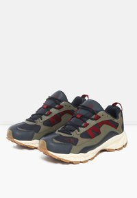 The North Face - M ARCHIVE TRAIL KUNA CREST - Trainers - urban navy/burnt olve grn - 2