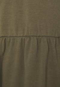 Missguided Plus - PLUS SMOCK - Print T-shirt - khaki - 5
