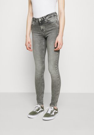 ONLBLUSH MID WAIST  - Jeansy Skinny Fit - grey denim