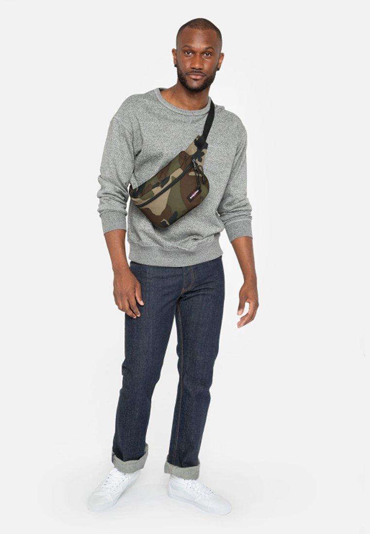 Eastpak - BANE CORE COLORS  - Bum bag - khaki