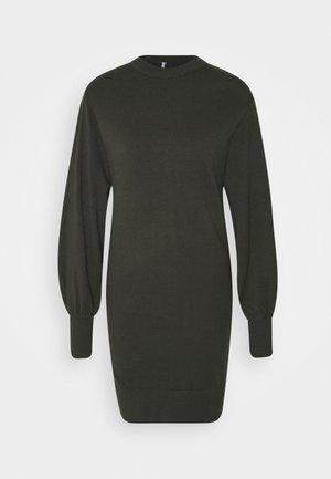 LA BELLE LIFE - Jumper dress - rosin