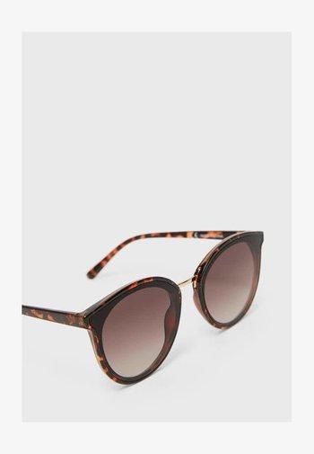 MIT ACETATGESTELL - Sunglasses - brown