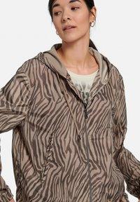 MARGITTES - Light jacket - taupe schwarz - 3