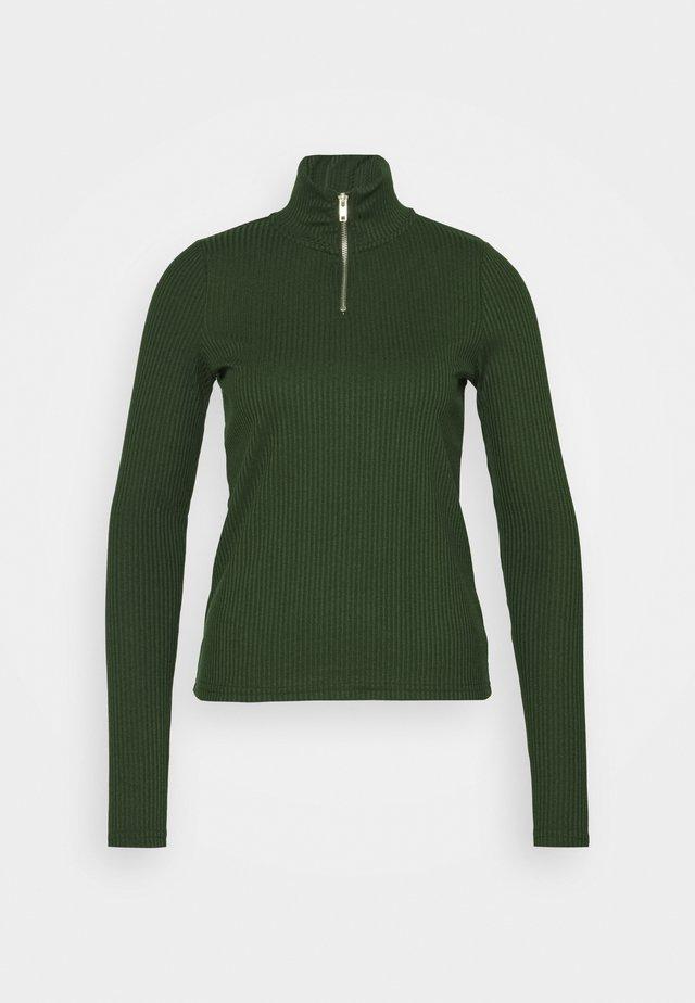 VMRACHEL HIGHNECK - Langærmede T-shirts - duffel bag