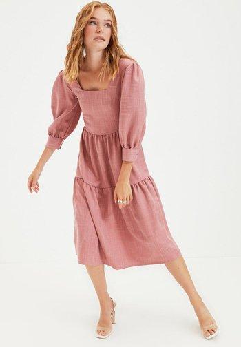 PARENT - Vestito estivo - pink