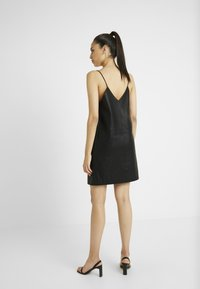 Noisy May Tall - NMJOFF SHORT DRESS - Vestido informal - black - 3