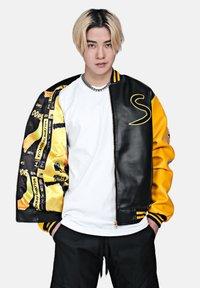 SEXFORSAINTS - ANTI-HERO VARSITY - Faux leather jacket - metallic black - 0