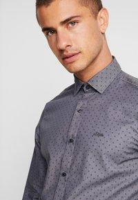 s.Oliver - SLIM FIT - Shirt - vulcano grey - 5