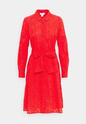 DRESS MARIE - Skjortekjole - red