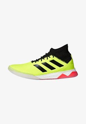 PREDATOR TANGO 18.1 TR - Indoor football boots - syello/cblack/solred