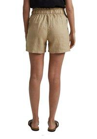 Esprit - Shorts - sand - 6