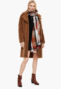 s.Oliver - Scarf - brown check - 1