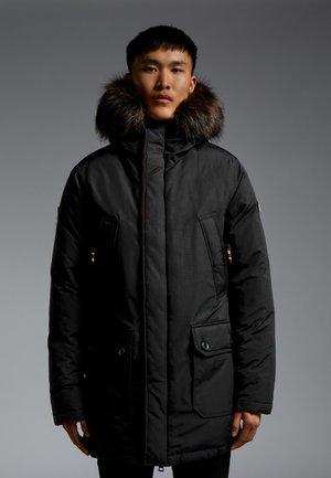 MOUNTAIN  - Gewatteerde jas - black
