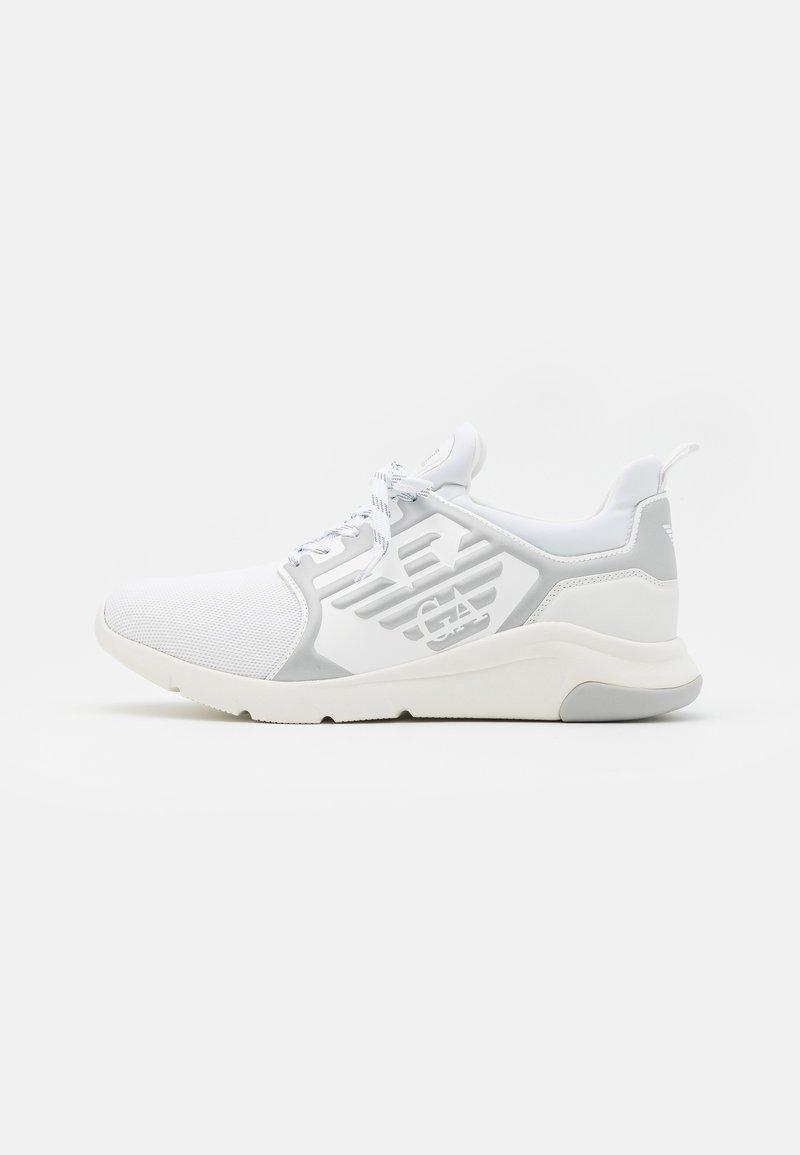 EA7 Emporio Armani - UNISEX - Sneakers laag - white/silver