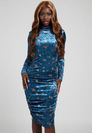SAMT - Jersey dress - mehrfarbig, grundton blau