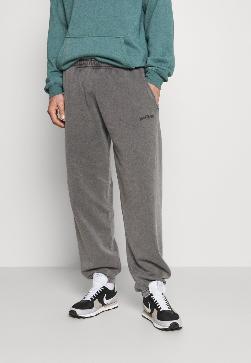 BDG Urban Outfitters - JOGGER PANT UNISEX - Tracksuit bottoms - washed black