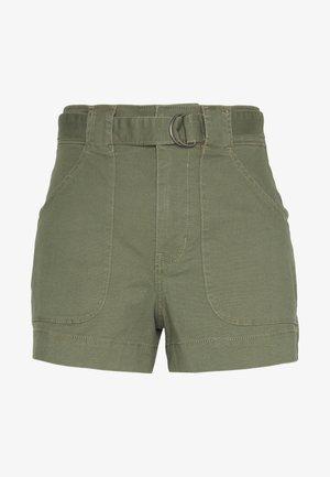 UHR FASHION - Shorts - olive